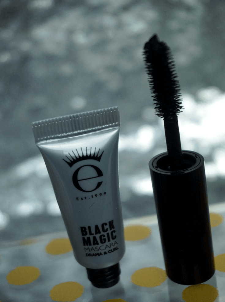 Ipsy Reviews August 2017 Ipsy Glam Bag | Black Magic Mascara Deluxe by Eyeko | Chiclypoised | Chiclypoised.com