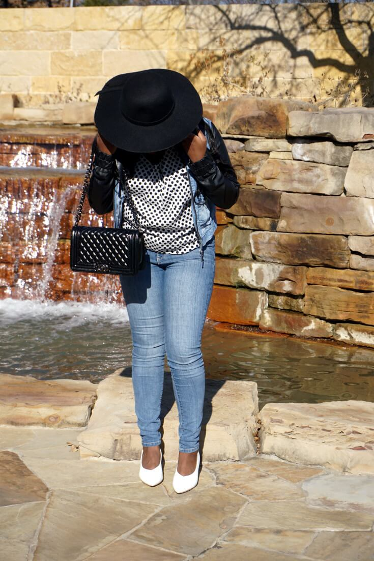 How To Wear Tight Jeans With White Kitten Heels | Black Floppy Hat | Chiclypoised.com