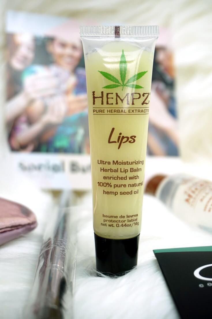 Ipsy Reviews April 2018 Ipsy Glam Bag | HEMPZ Herbal Lip Balm | Chiclypoised.com
