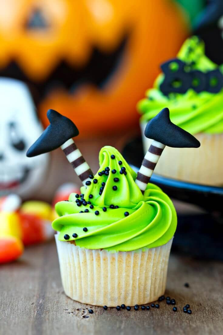 Wicked Witch Cupcakes | Halloween Treats for Halloween Parties