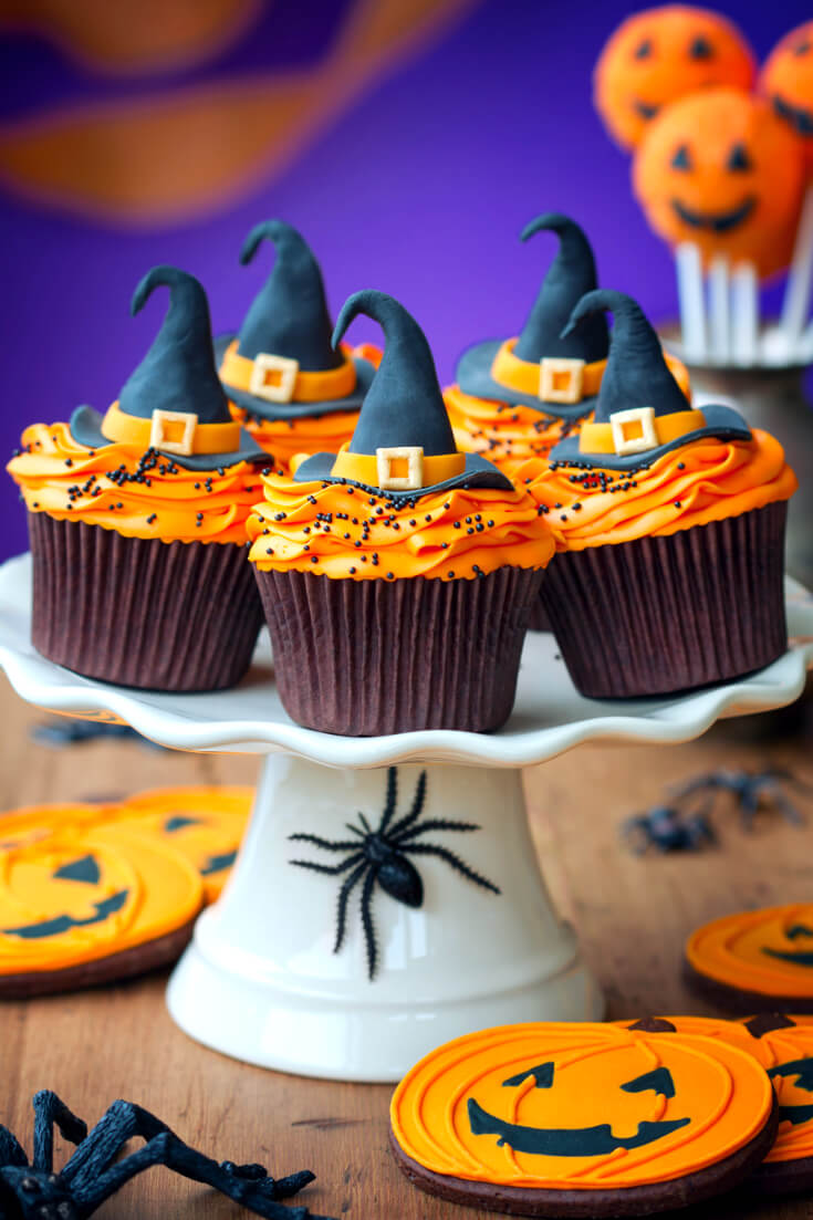 Wicked Witch Hat Halloween Cupcakes | Halloween Treats for Halloween Parties