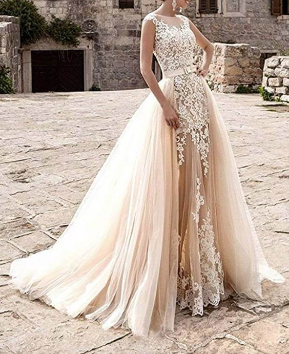 Applique Sleeveless Lace Wedding Dress