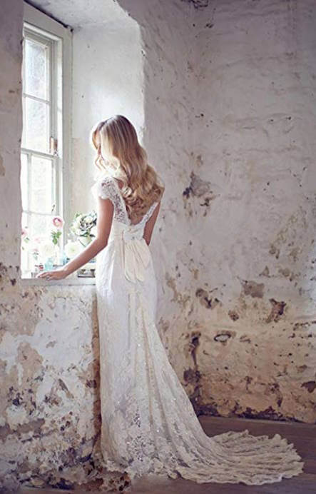 Backless Lace Bohemian Wedding Dress with Applique and Bow-Tie