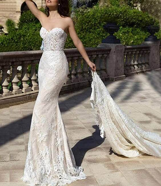 Beautiful Detachable Train Wedding Dress With Lace