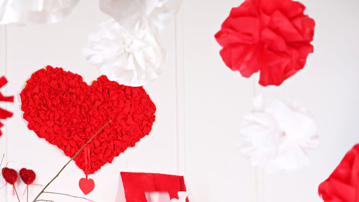 DIY Valentine's Day Rose Wreath