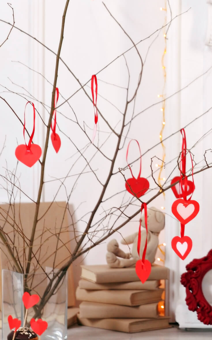 DIY Valentine's Day Twig Tree