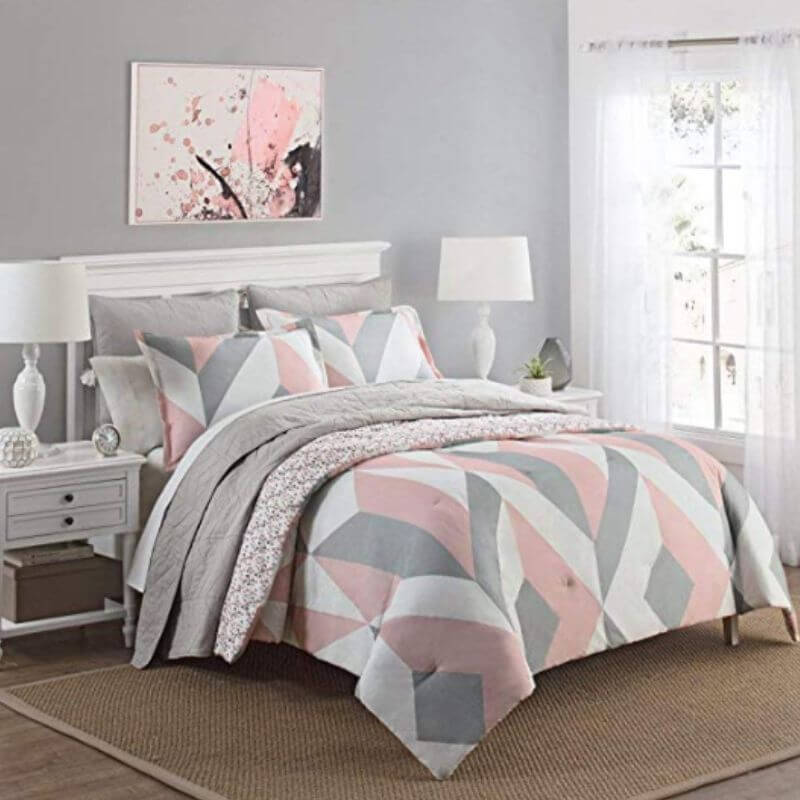 College-Apartment-Cozy-Comforter-Set-Pink-1
