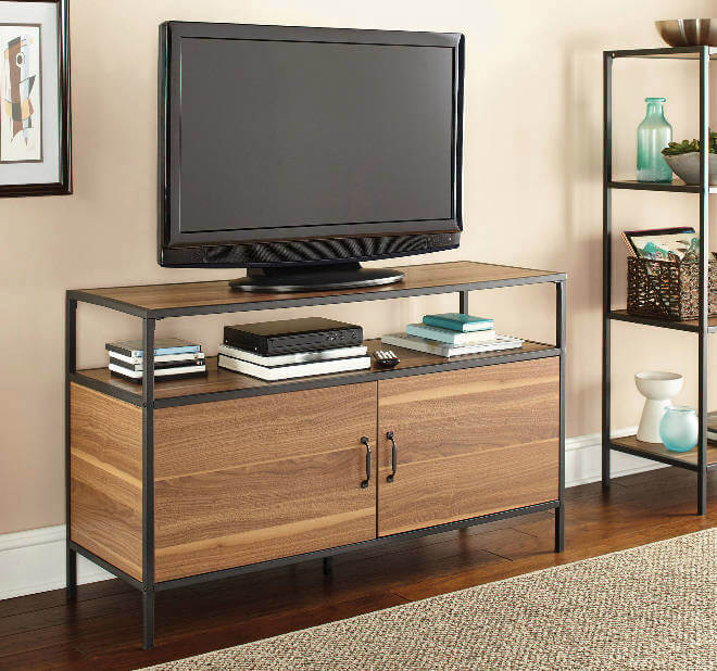 College Apartment Decorating Ideas For Your College Apartment Living Room | TV Stand