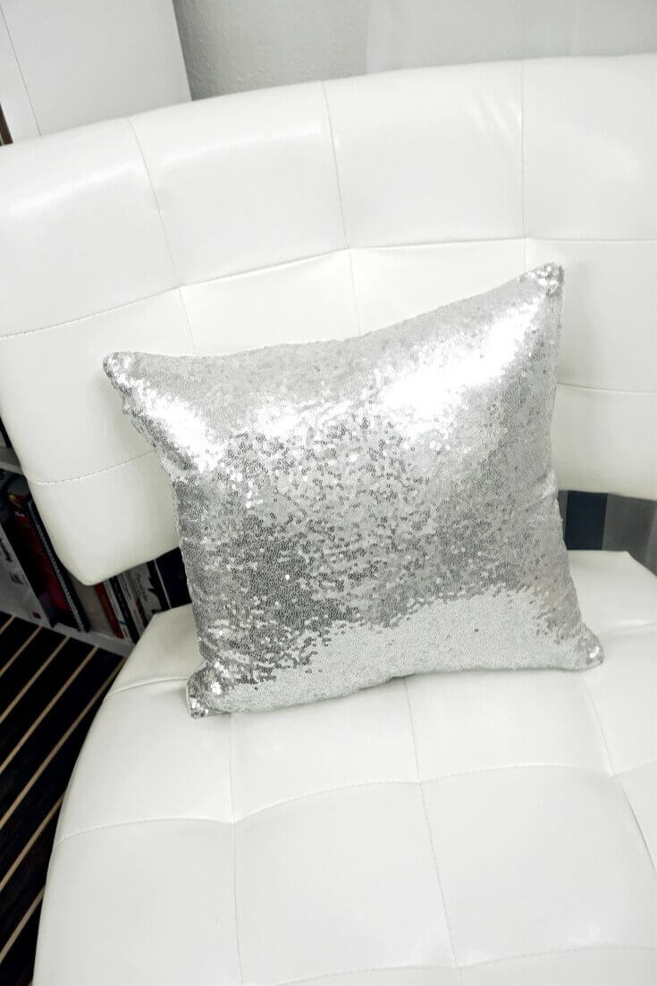 DIY Throw Pillow Insert No Sew 1 of 5