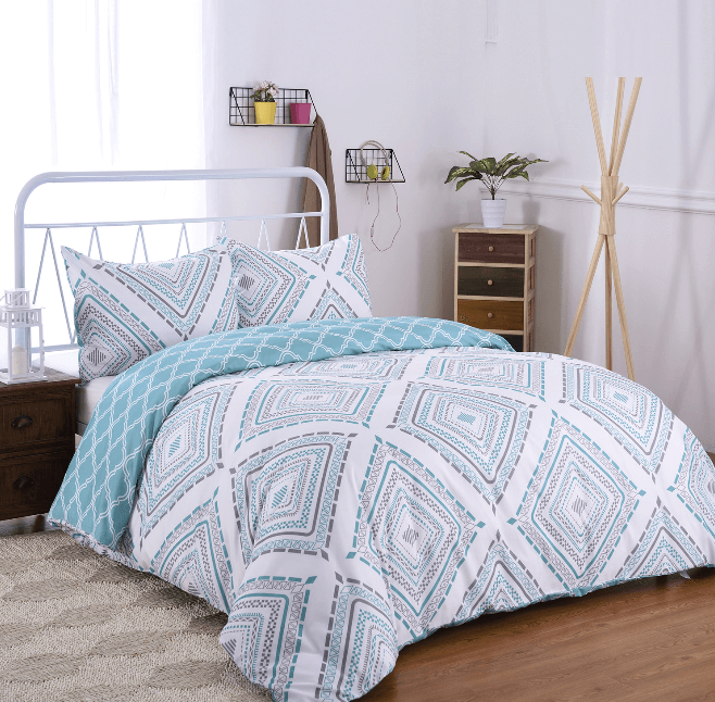 College Apartment Bedroom Duvet Ideas-3