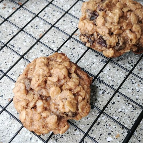 Soft And Chewy Oatmeal Raisin Cookies Recipe 1 of 2