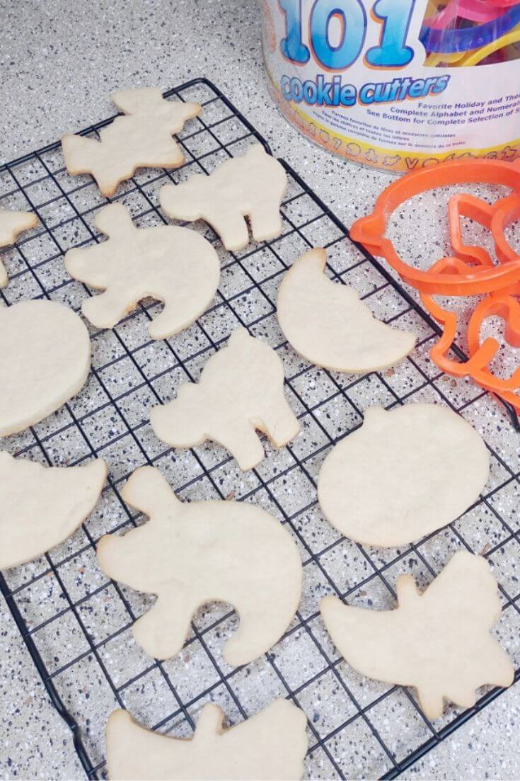 Easy Sugar Cookies Recipe 1 of 4